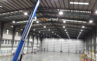 hangar a ronautique atr eclairage industriel led usine chantier atex. Black Bedroom Furniture Sets. Home Design Ideas